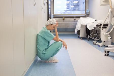 реформи давлять лікарів