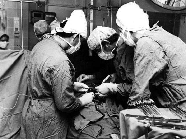 transplant-theatre_cus