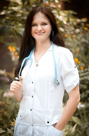 Юлия Сумская врач – педиатр