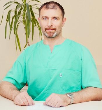 Осадчук Руслан Васильевич, врач-невролог, альголог (специалист в области лечения боли) Клиника Амеда