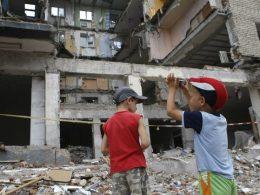 Нужны ли Украине волонтеры, или как помочь детям?