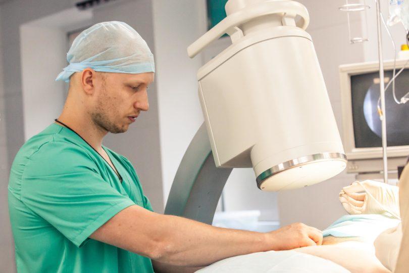 Нейрохирург Алексей Ерошкин