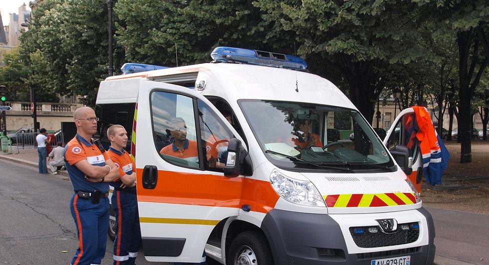 Экипаж польской машины скорой помощи_медпросвита