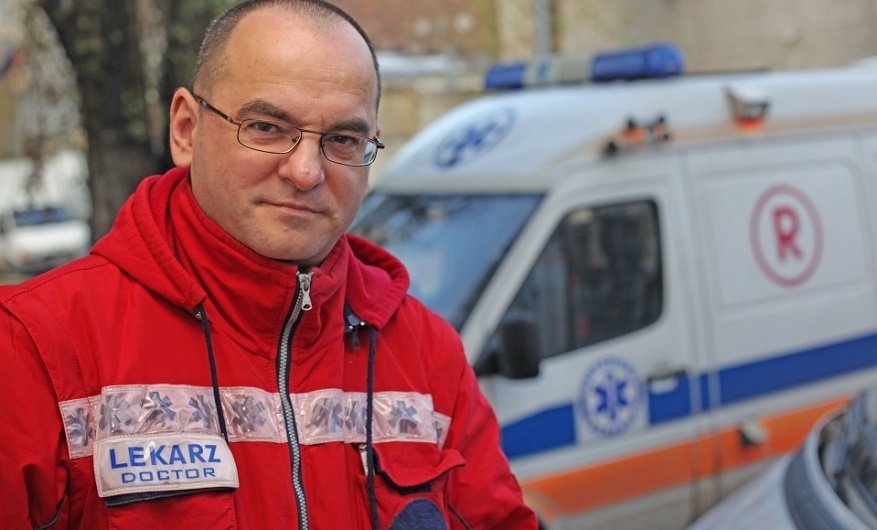 Врач скорой помощи, машина скорой помощи_медпросвита