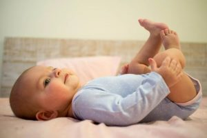 Кишкові коліки у малюків